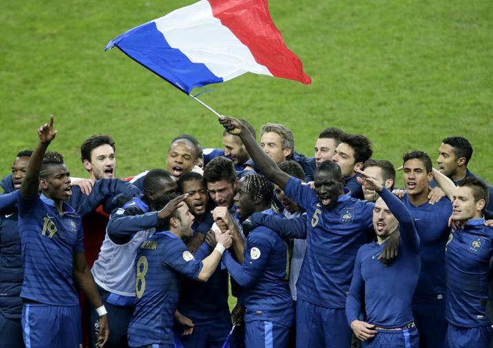 Qui détient le record de but marqués sous le maillot des Bleus ?
