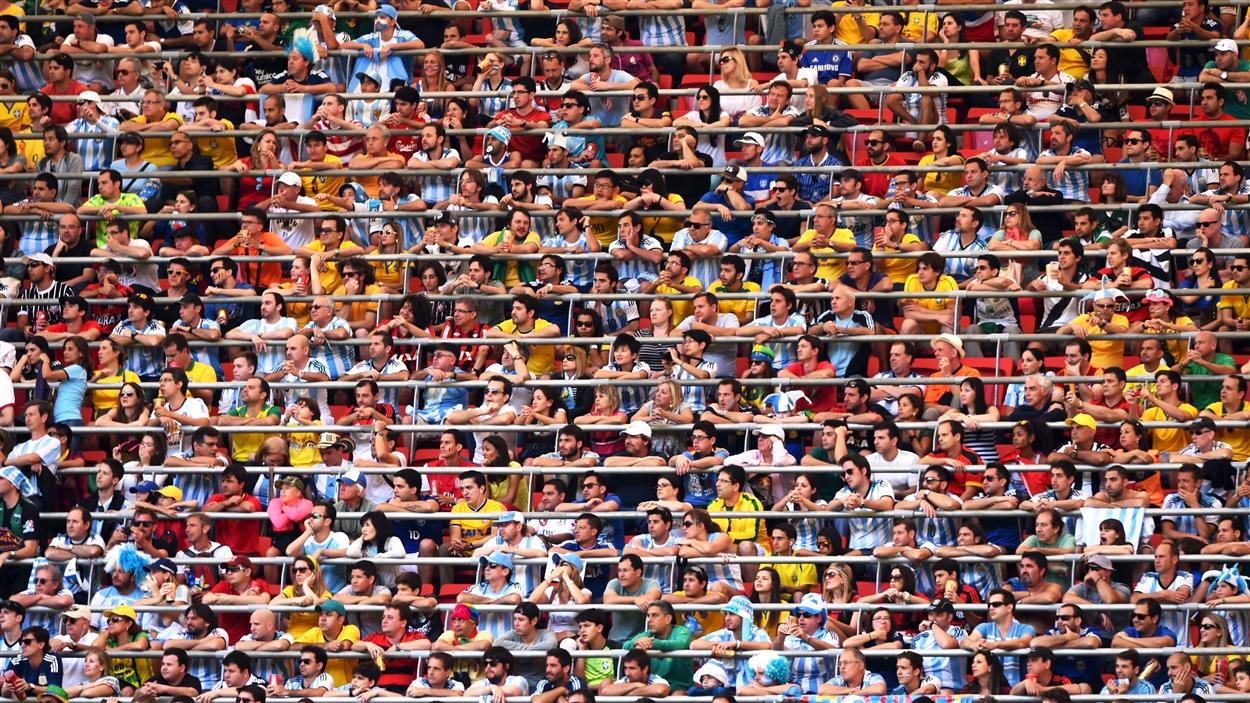 Quel est le record d'affluence (de tous les temps) pour un match de football ?
