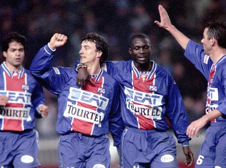 Le PSG est le résultat de la fusion entre le Stade Saint-Germain et le Paris FC ?